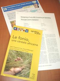 Publications sur fonio (© J-F Cruz, Cirad)